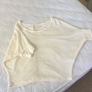 Lush cute and warm S top